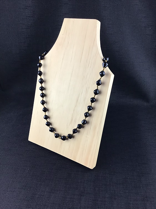 Black and gold bead necklace