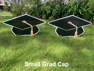 Small Grad Cap.png