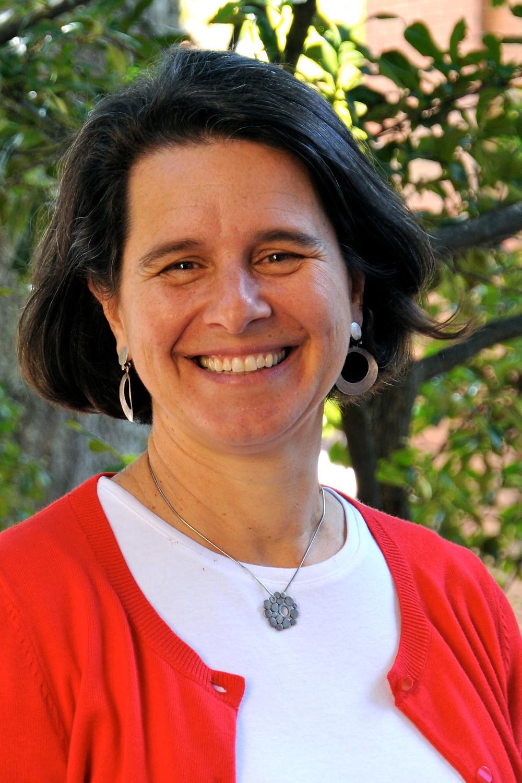 Headshot of Dr. Paola Sztajn