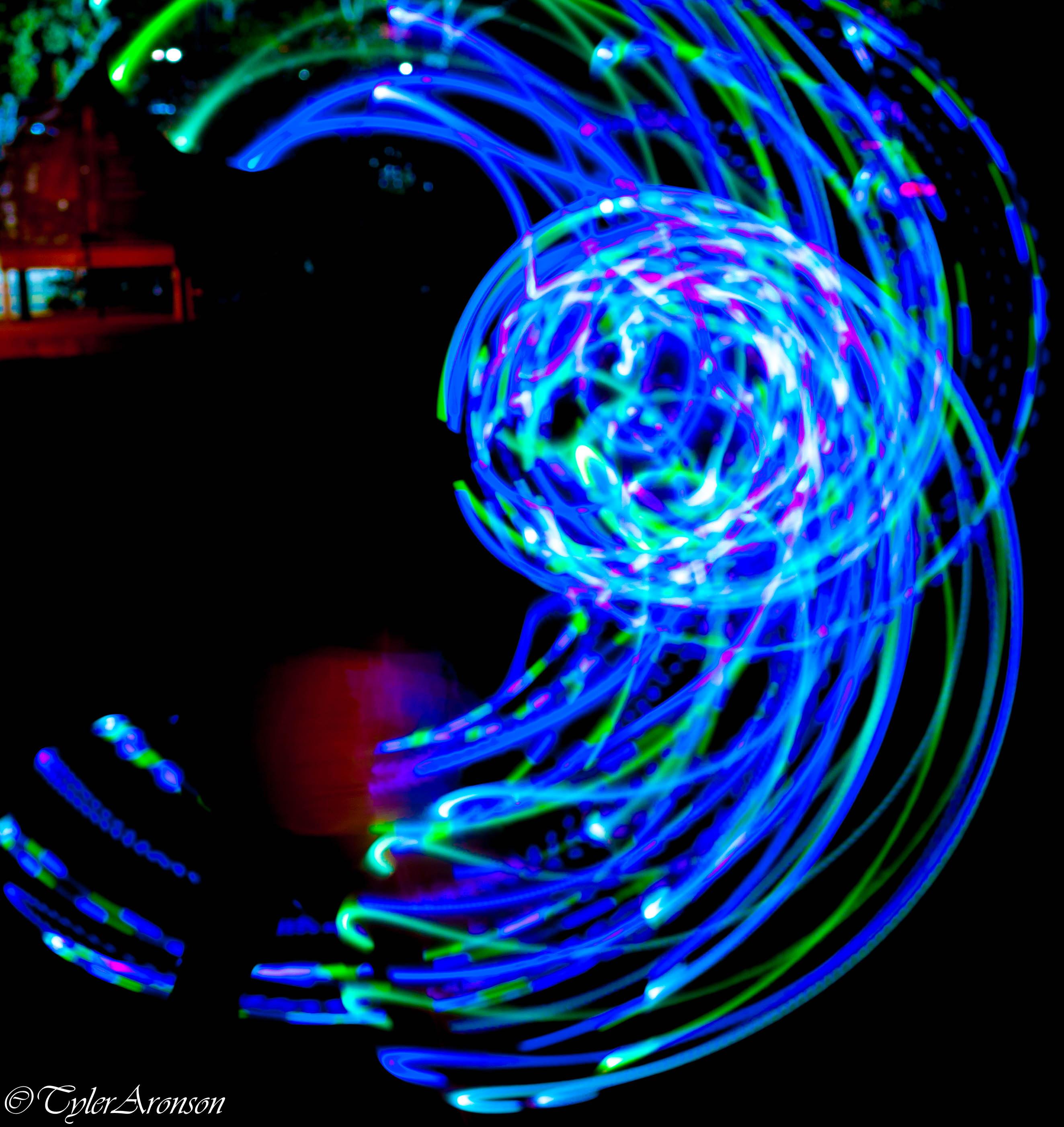Light Dancer-1