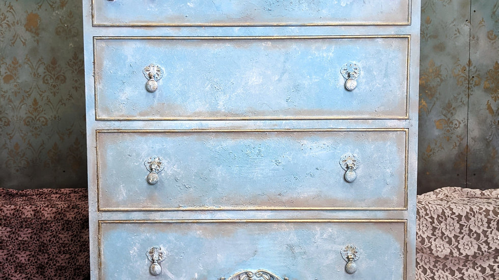 Chest of Drawers - Hand Painted - Vintage Decor - Bedroom