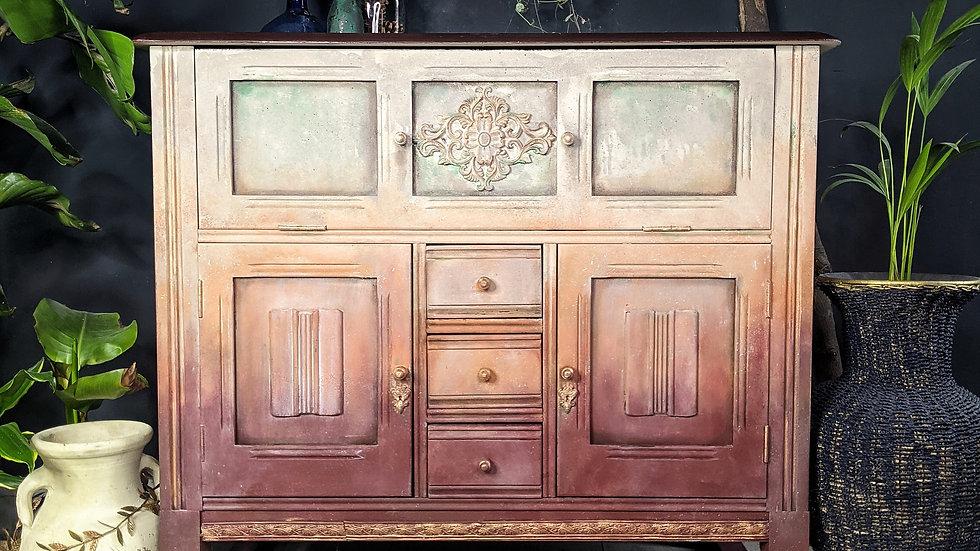 Bellissa Cabinet - Sideboard - Hand Painted - Vintage -