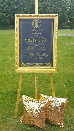 Gouden schildersezel met poster in great gatsby stijl