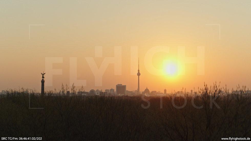 Berlin Tiergarten Skyline Hub morgens 9