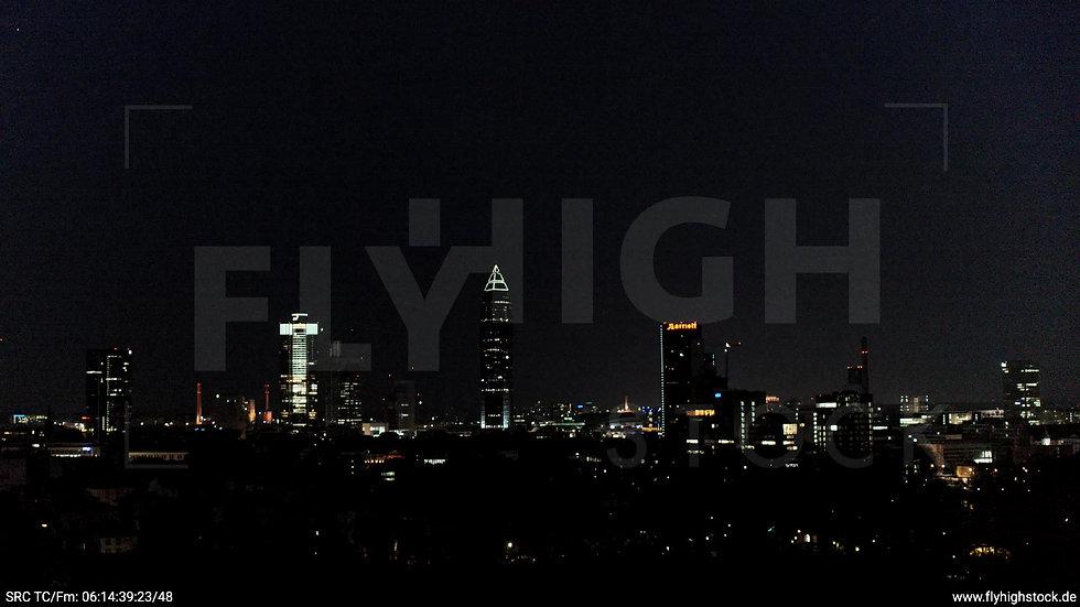 Frankfurt Grüneburgpark Zuflug Skyline nachts 5