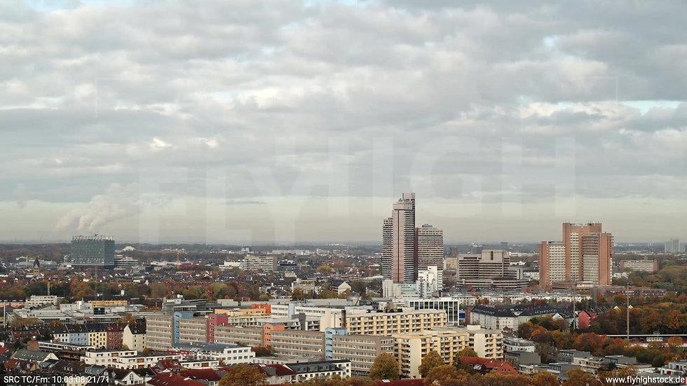 Köln Vorgebirgspark Uni-Center Skyline Parallelflug tagsüber C027_C014