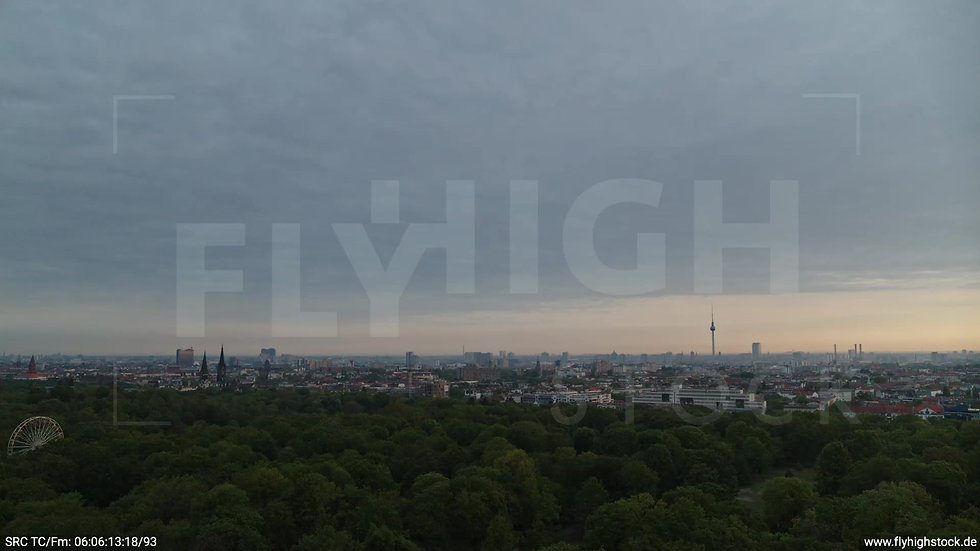 Berlin Hasenheide Skyline Zuflug morgens 10