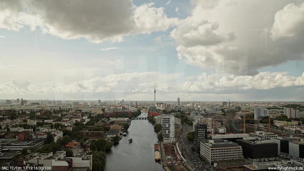 Berlin East Side Gallery Skyline Zuflug tagsüber