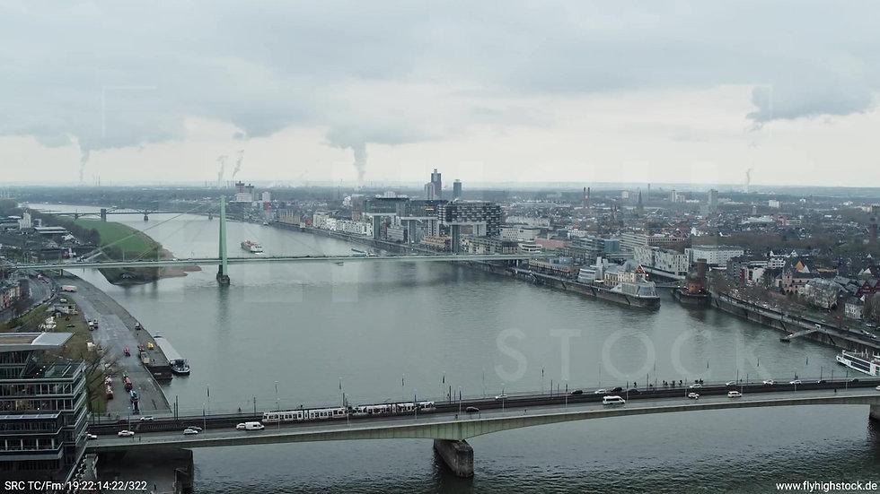 Köln Kennedy-Ufer Severinsbrücke Zuflug tagsüber 3
