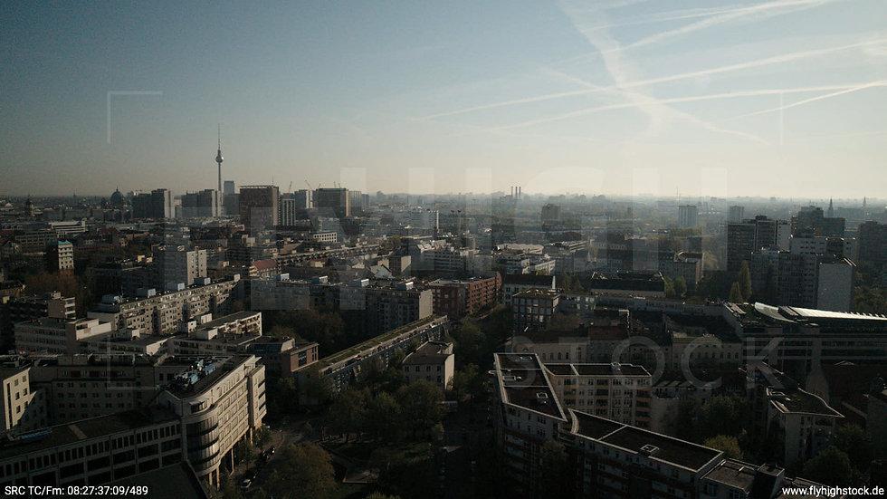 Berlin Hallesches Ufer Ost Skyline Hub tagsüber 2