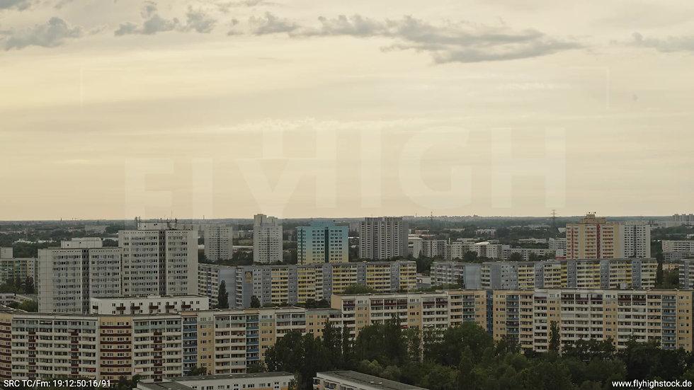 Berlin Marzahn Stadtteil-Shot Zuflug nach unten tagsüber
