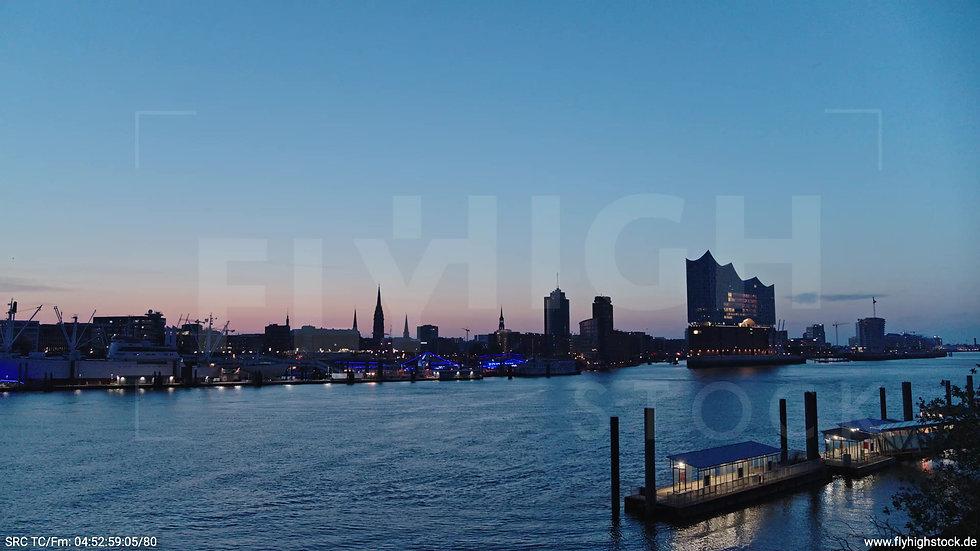 Hamburg Hafen Elbphilharmonie tiefer Zuflug morgens 4