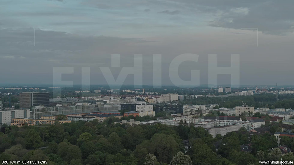 München Hirschgarten Stadtteil-Shot Zuflug nach unten morgens