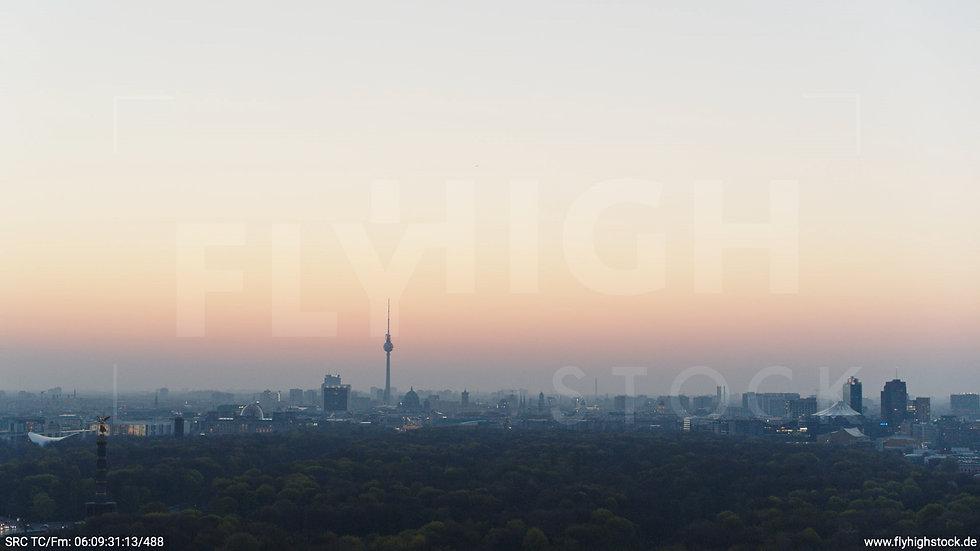Berlin Tiergarten Skyline Hub morgens 6
