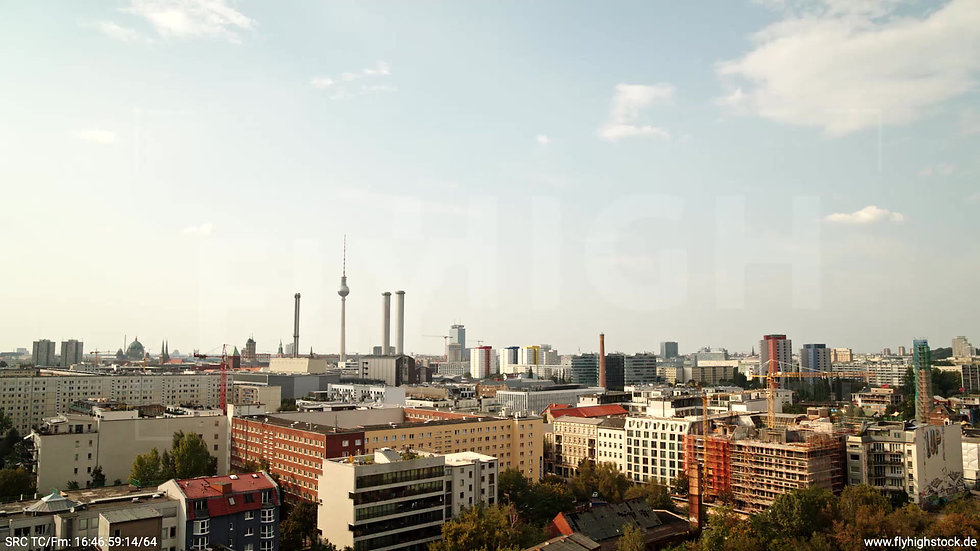 Berlin Köpenicker Str. Skyline tiefer Zuflug tagsüber D001_C028