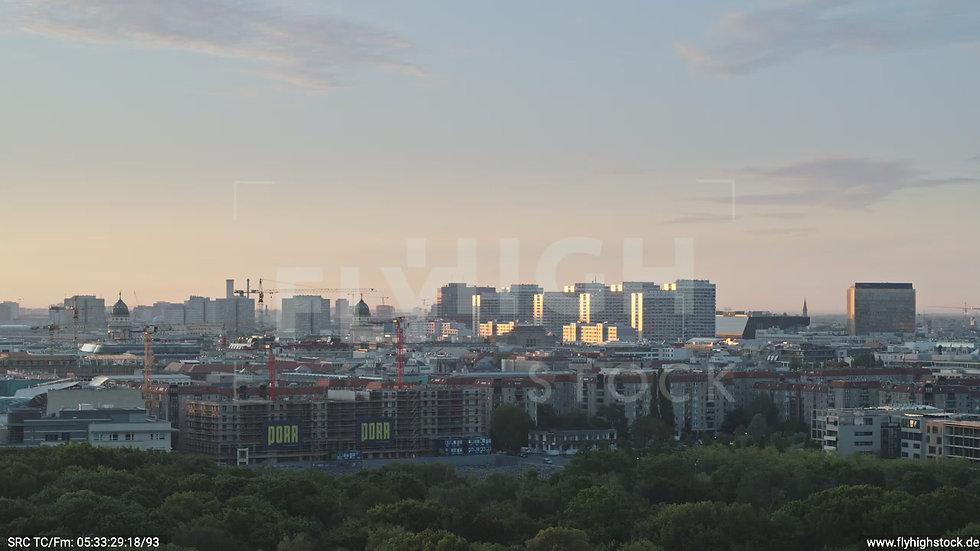 Berlin Tiergarten Ost Skyline Zuflug morgens D029_C010