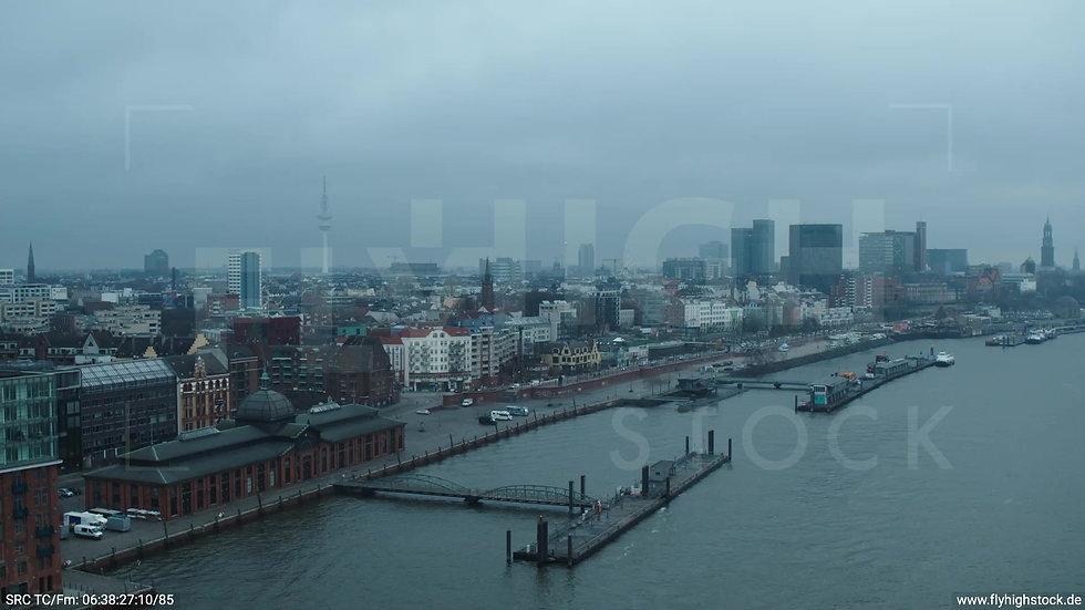 Hamburg Hafen Zuflug Skyline 2