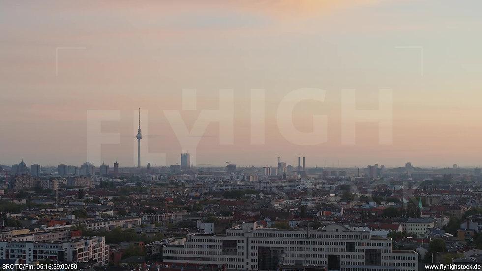 Berlin Hasenheide Skyline Rückflug morgens 3