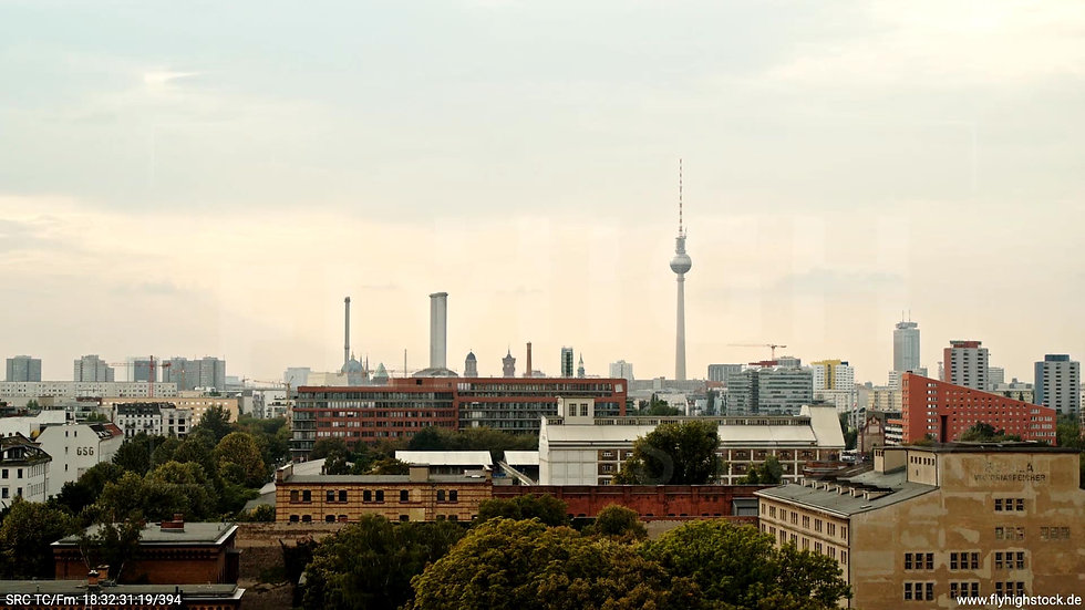 Berlin Zapf Skyline kurzer Hub tagsüber D002_C013