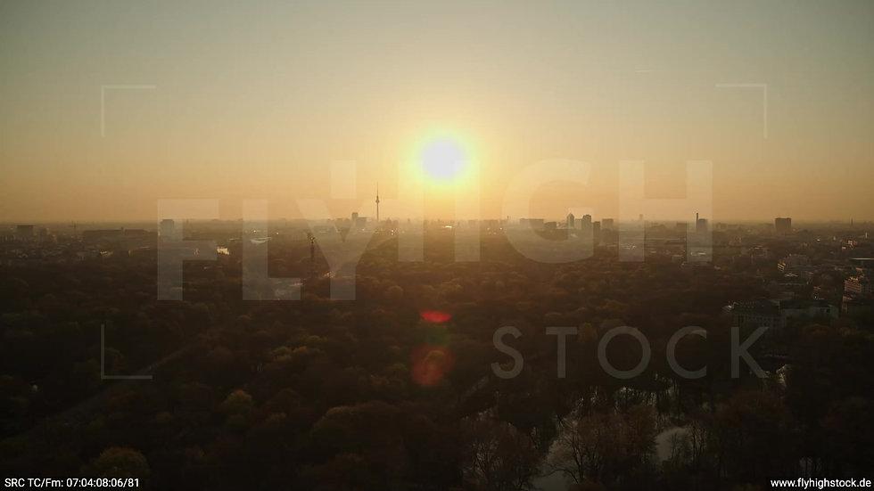 Berlin Tiergarten Skyline Zuflug morgens 11