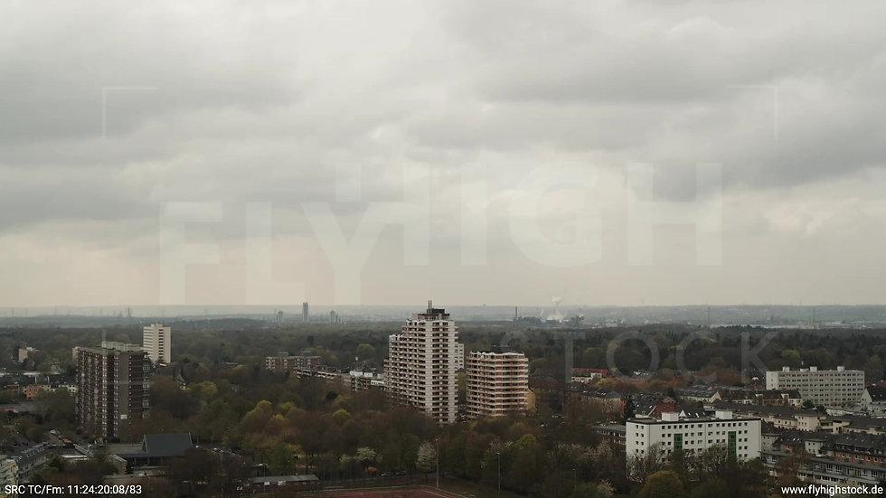 Köln Vorgebirgspark Zollstock Skyline Zuflug tagsüber 2