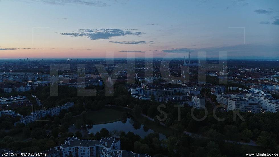 München Westpark Ost Skyline Parallelflug morgens 4