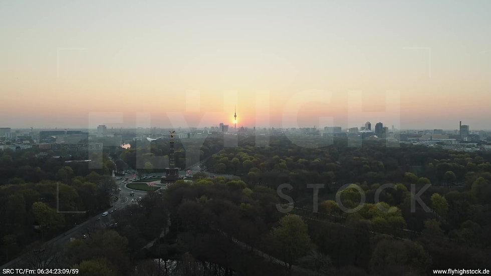 Berlin Tiergarten Skyline Rückflug morgens 8