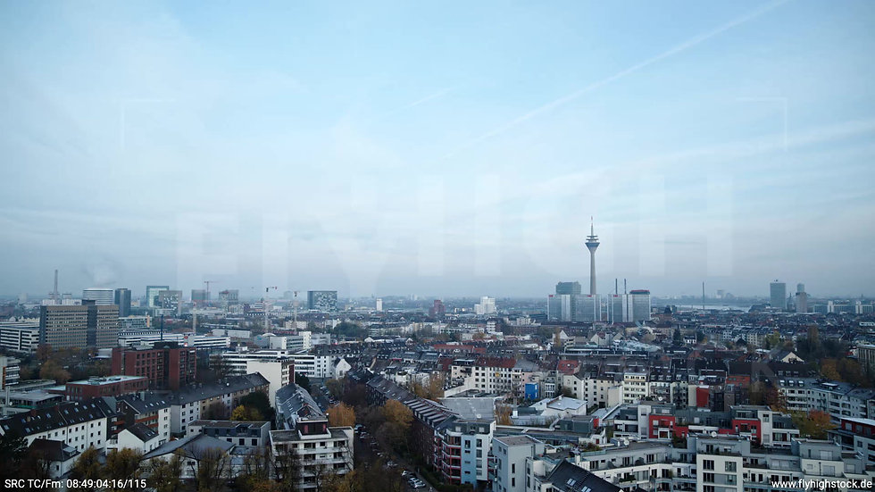 Düsseldorf Sternwartpark Skyline Parallelflug morgens F005_C001