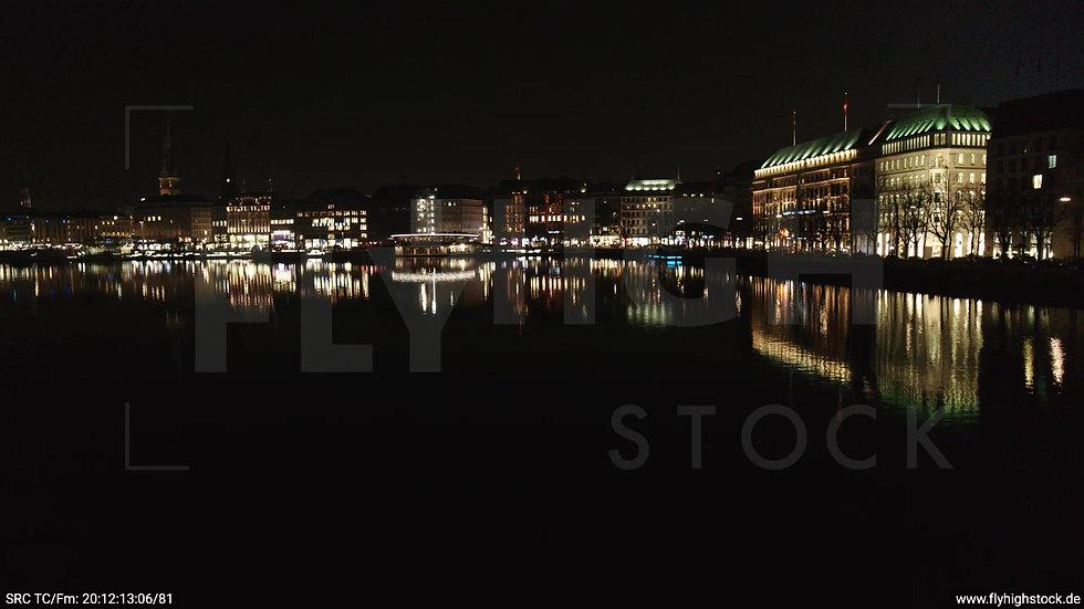 Hamburg Innenalster tiefer Zuflug Jungfernstieg nachts