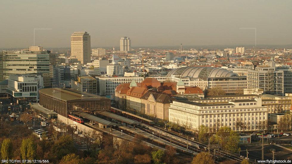Berlin Tiergarten Zoo Skyline Hub morgens 2