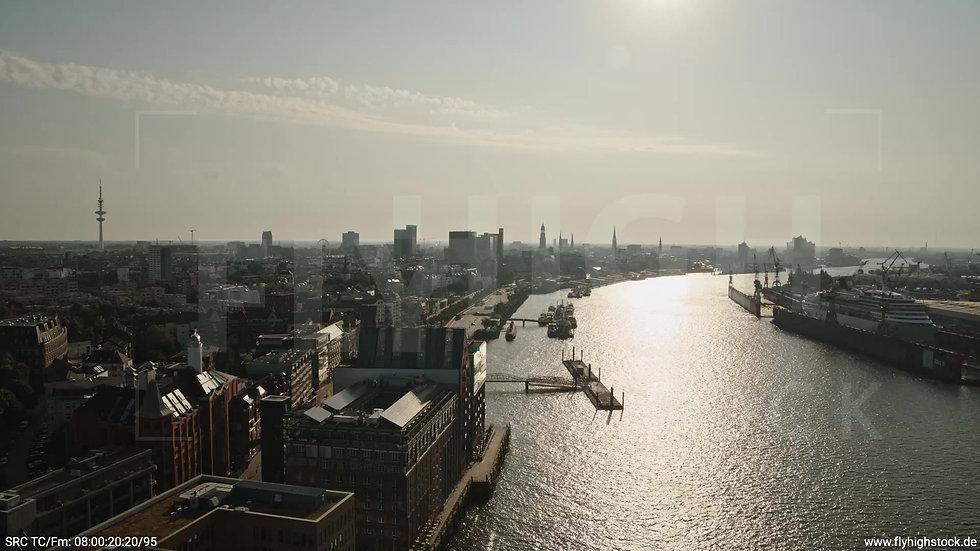 Hamburg Altonaer Holzhafen Skyline Rückflug morgens 4