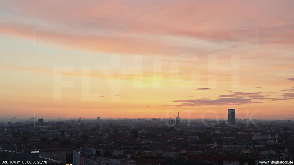 Berlin Hasenheide Allianz Skyline Rückflug morgens