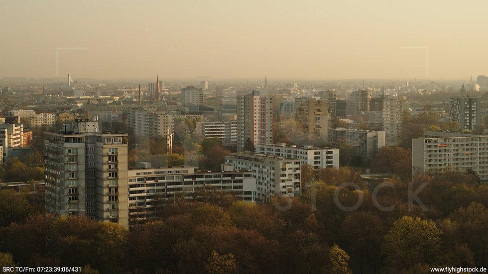 Berlin Tiergarten Stadtteil-Shot Hansaviertel Hub morgens
