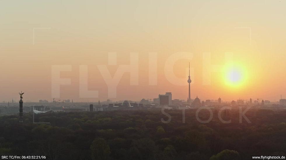 Berlin Tiergarten Skyline Parallelflug morgens 5