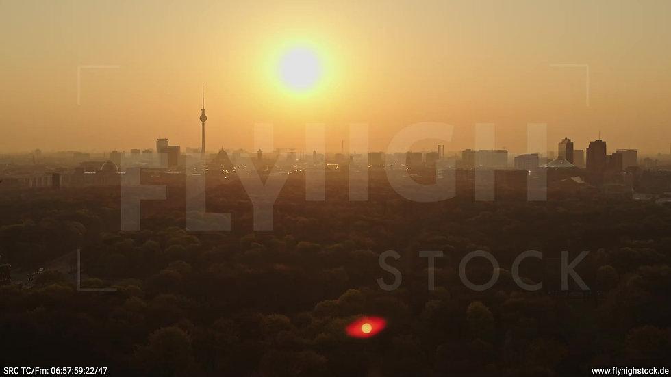 Berlin Tiergarten Skyline Rückflug morgens 11