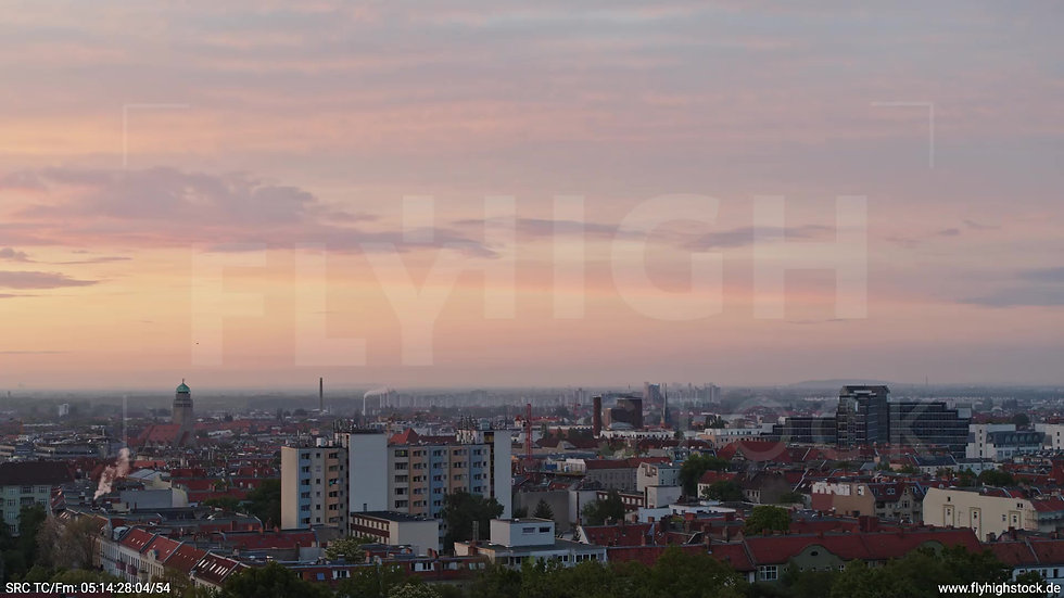 Berlin Hasenheide Neukölln Skyline Rückflug morgens