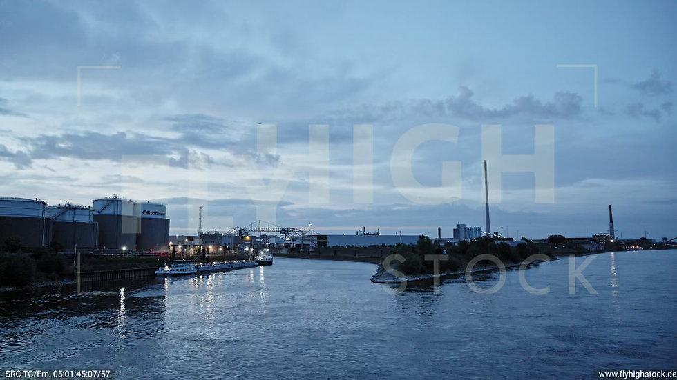 Duisburg Parallelhafen Hub G018_C003