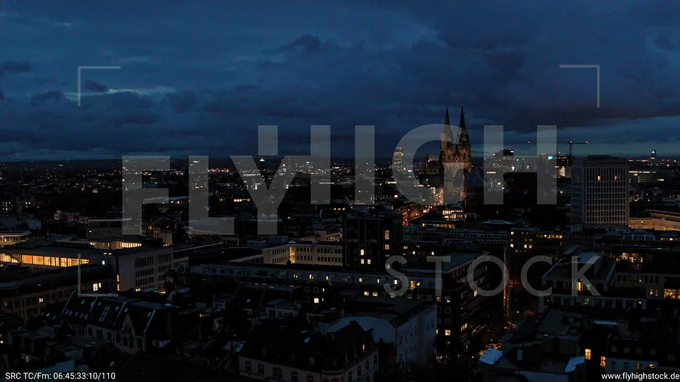 Köln Stadtgarten Parallelflug nachts C082_C001