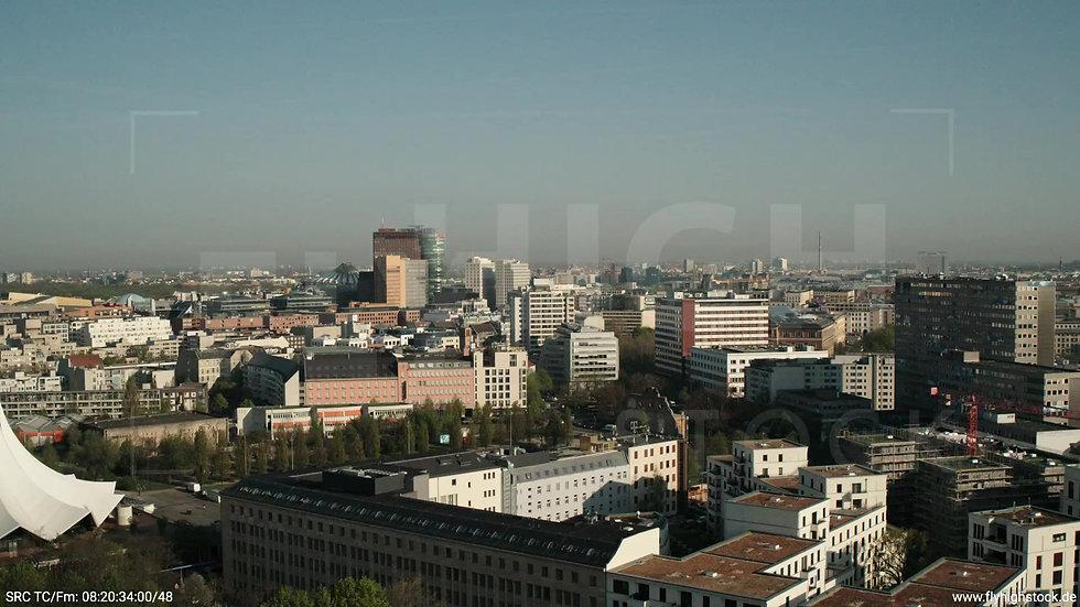 Berlin Hallesches Ufer Potsdamer Platz Skyline Zuflug tagsüber