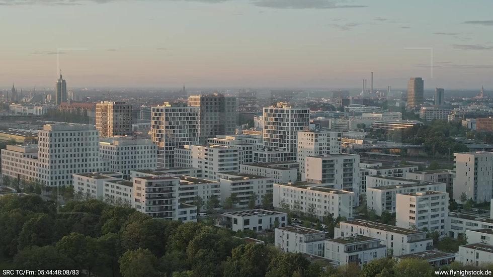 München Hirschgarten Skyline Rückflug nach oben morgens 5