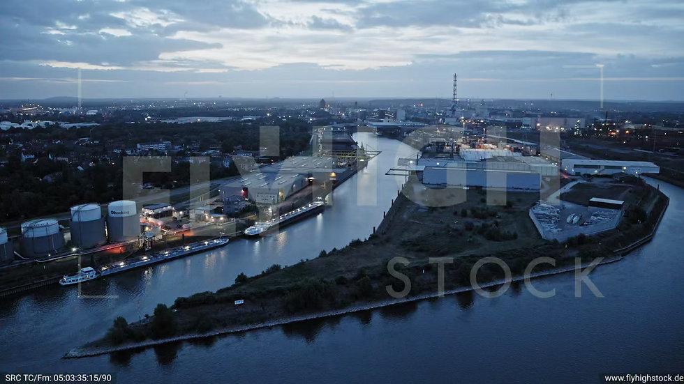 Duisburg Parallelhafen Zuflug nach unten G018_C005
