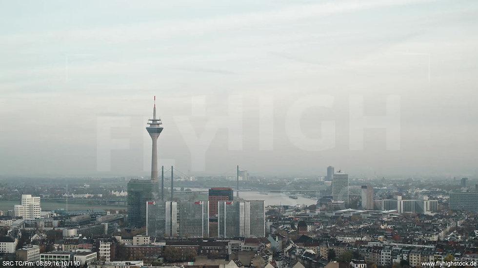 Düsseldorf Sternwartpark Skyline Parallelflug morgens F005_C009