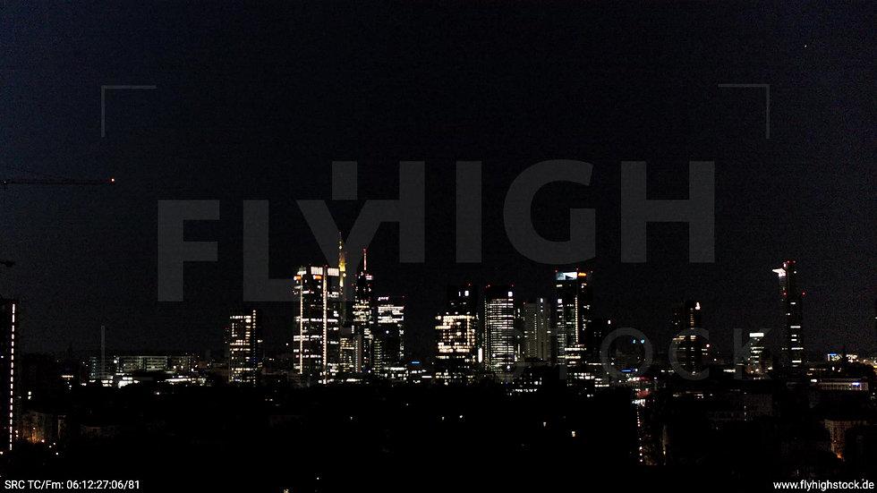 Frankfurt Grüneburgpark Zuflug Skyline nachts 4
