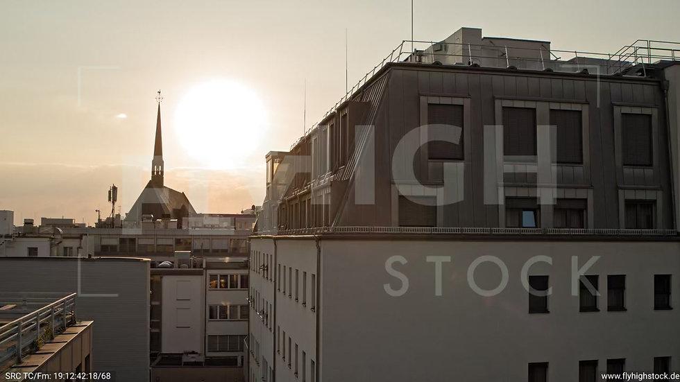 Köln Am Dom Hub C054_C018