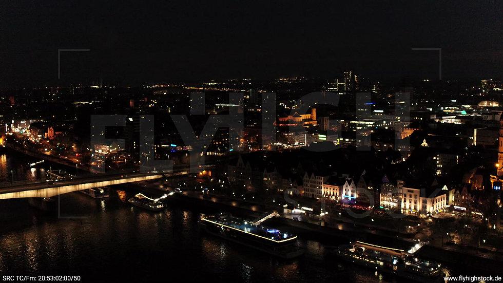 Köln Kennedy-Ufer Skyline Zuflug nach unten abends 2