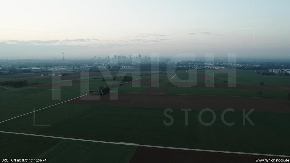Frankfurt Skyline Rückflug morgens 8