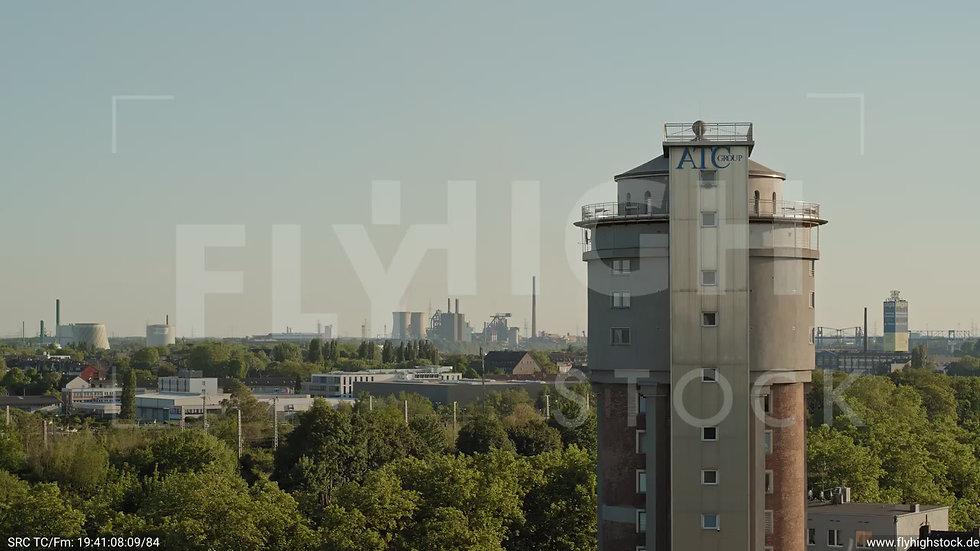 Duisburg Akkurt Wasserturm Zuflug nach oben G005_C021