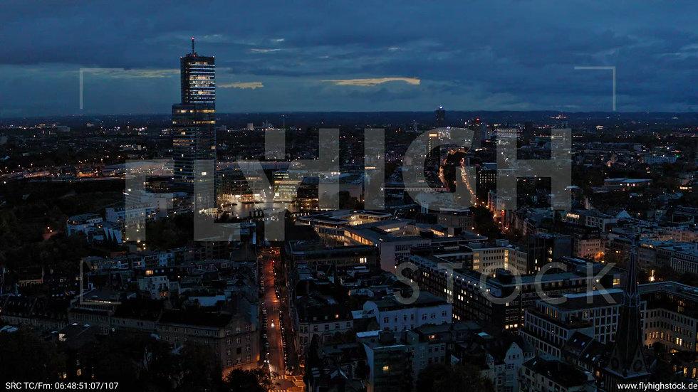 Köln Stadtgarten Parallelflug nachts C082_C004