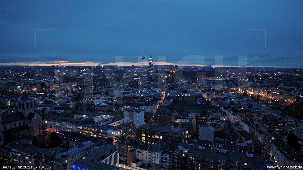 Köln Westufer Skyline Hub abends 5