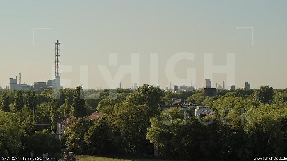 Duisburg Akkurt Wasserturm Zuflug nach oben G005_C014